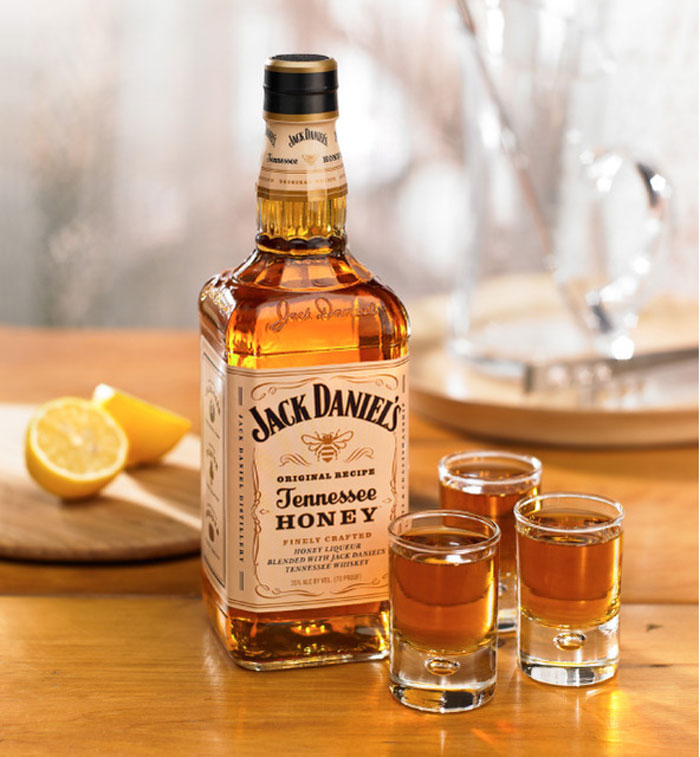 04_06_11_jackdaniels_honey_3