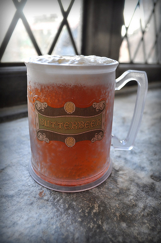 How To Make Butter Beer From Harry Potter [ Alcoholic & Non-Alcoholic]